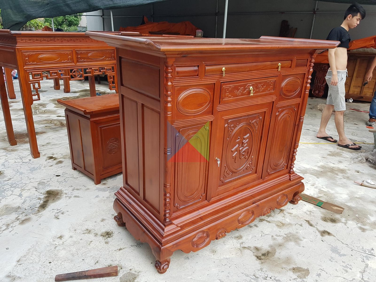 Tủ thờ kích thước 155 cm gỗ tràm