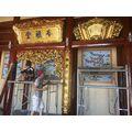 Cửa võng  sơn son thiếp vàng cho nhà thờ họ.