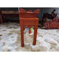 Bàn thờ gia tiên mẫu triện dạ như ý, chân vuông HMBT127V