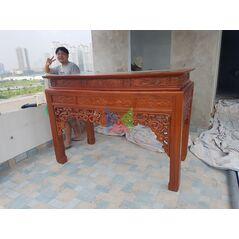 Mẫu bàn thờ đẹp dạ như ý, chân vuông HMBT175V