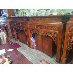 Bàn thờ gỗ gụ đẹp dạ như ý, chân vuông HMBT127V