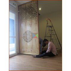 Vách ngăn phòng thờ CNC gỗ tự nhiên 6